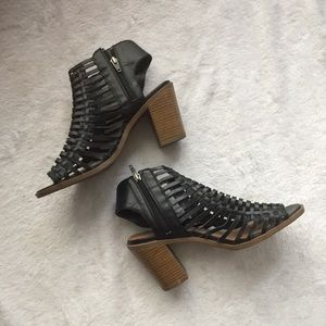 Mossimo Supply Co Heels